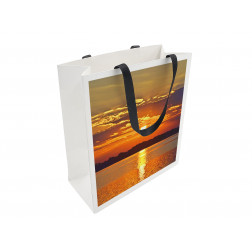 Luxus Papiertragetasche mit Band im Offsetdruck